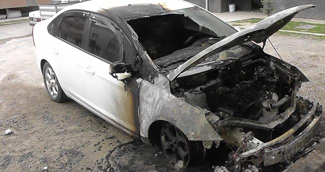 Konya'da otomobil yandı