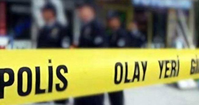 İstanbul'da otomobilde kanlı infaz