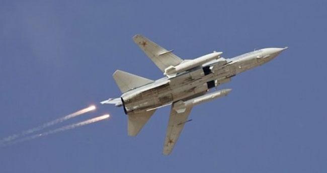 Rus uçaklarından tehlikeli hareket