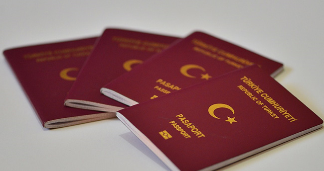 Yeni pasaport geliyor