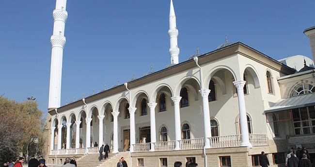Selçuk Üniversitesi Kampüs Camii Külliyesi Cuma günü açılıyor