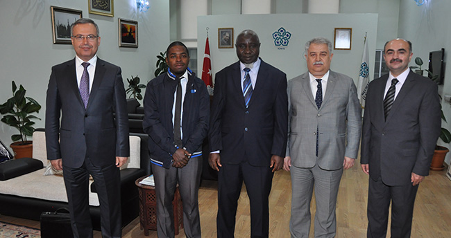 NEÜ ile Uganda İslam Üniversitesi protokol imzaladı