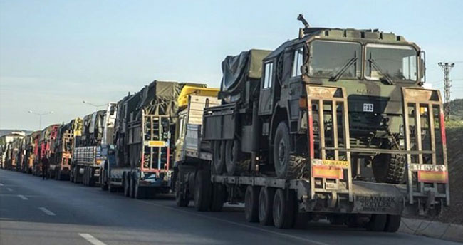 13 Tırlık askeri konvoy Kilis'e gitti