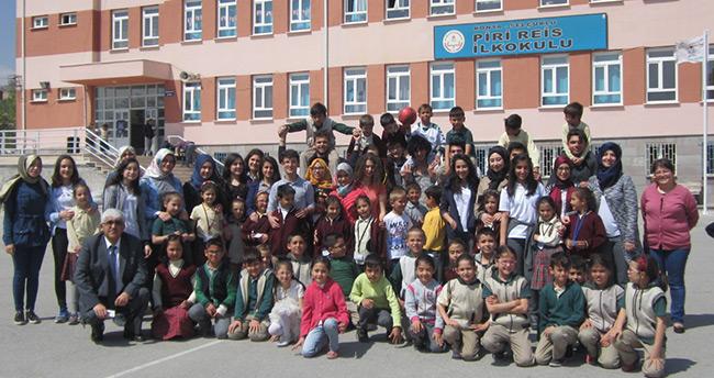 Genç yazarlar Piri Reis'e konuk oldu