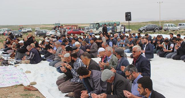 Konya Karapınar'da yağmur duası yapıldı
