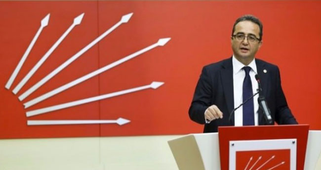 CHP'li Tezcan, Ak Partili Vekillerden Alkış Aldı