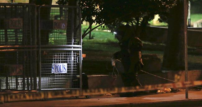 Gezi Parkı'nın yanına bırakılan şüpheli çanta fünyeyle patlatıldı