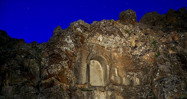 Konya'da iki bin yıllık at yarışı kuralları kitabesi çıktı