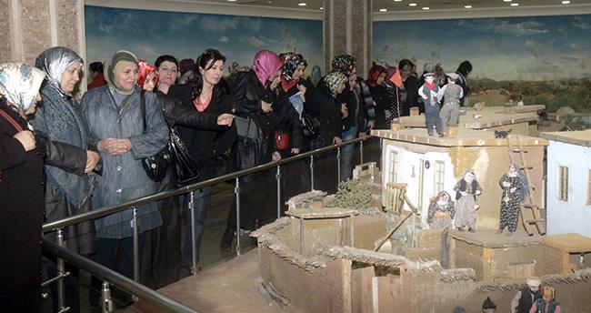 Konya'daki İstiklal Harbi Şehitler Abidesi'ne rekor ziyaretçi