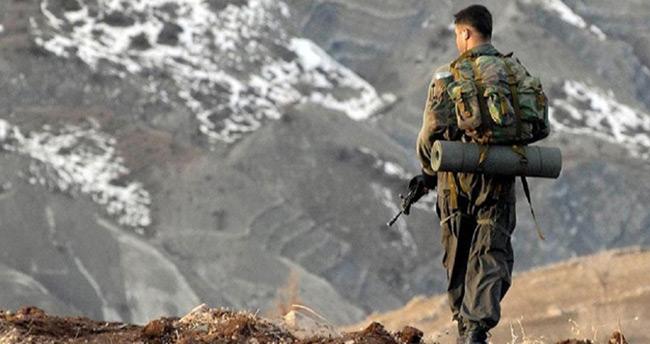 Son dakika : Hakkari'de hain saldırı: 1 asker şehit!