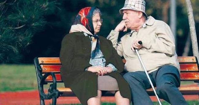 Emekliye ne az 900 lira promosyon geliyor