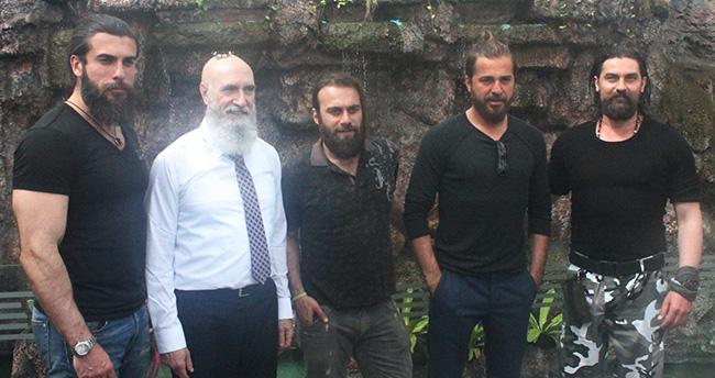 Diriliş Ertuğrul oyuncuları Konya'da