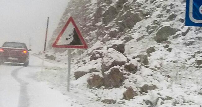 Konya – Antalya karayolu Alacabel mevkisinde kar yağışı