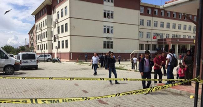 Okulda dehşet: Pompalıyla okulu basıp…