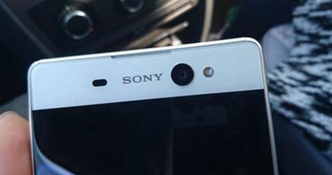 Sony Xperia C6 Ultra yeni tasarımıyla sızdırıldı!