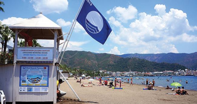"""Türkiye """"mavi bayraklı"""" plaj sayısıyla dünya ikincisi"""