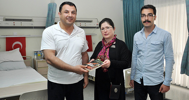 Gazi'den NEÜ Rektörü'ne anlamlı hediye