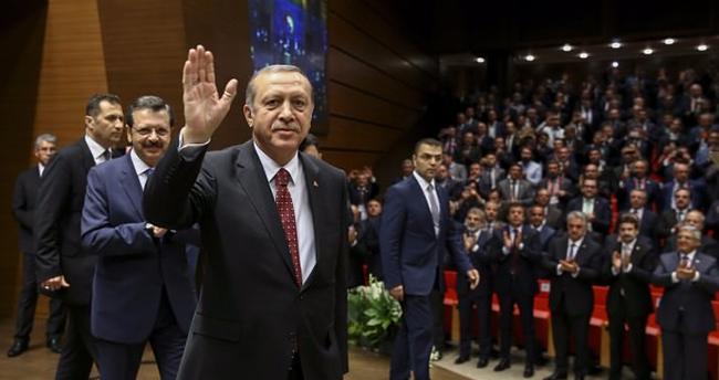 Erdoğan'dan işadamlarına yeşil pasaport müjdesi