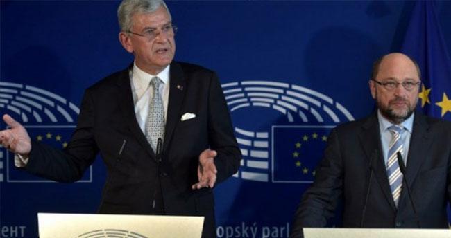 Vize süreci durdu mu? Avrupa Parlamentosu çark etti!