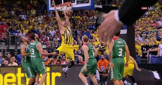 Tarihi zafer! Fenerbahçe finalde!