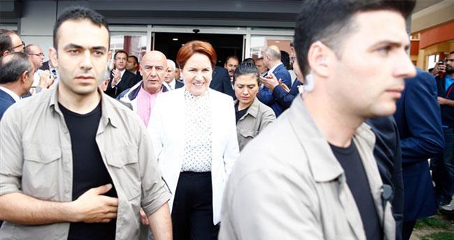 Muhalifler toplandı polis girişleri kapattı