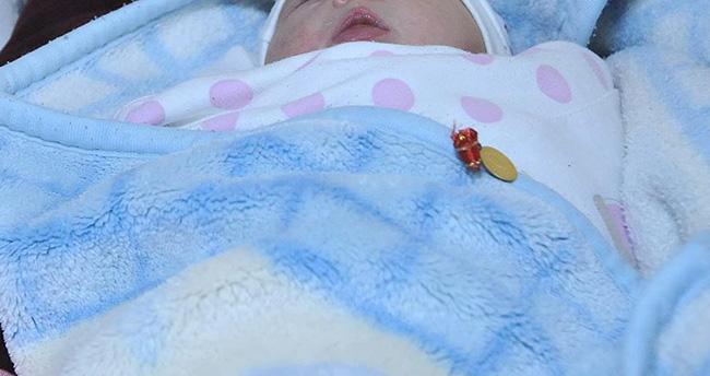 1 milyon bebeğe 'ilk altınını' devlet taktı