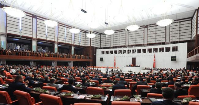 Dokunulmazlık oylamasında 2. madde kabul edildi