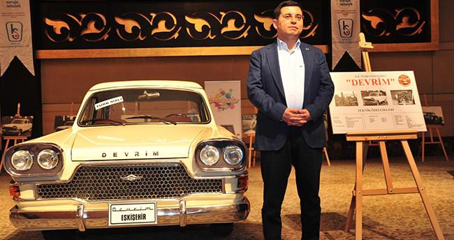Konya'da nostaljik otomobiller tanıtıldı