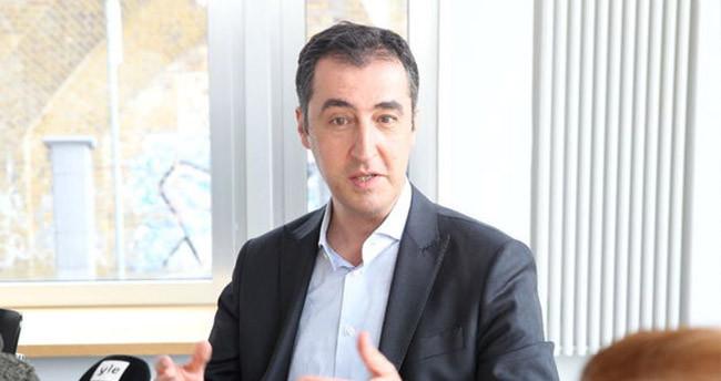 Cem Özdemir'in sitesi hacklendi