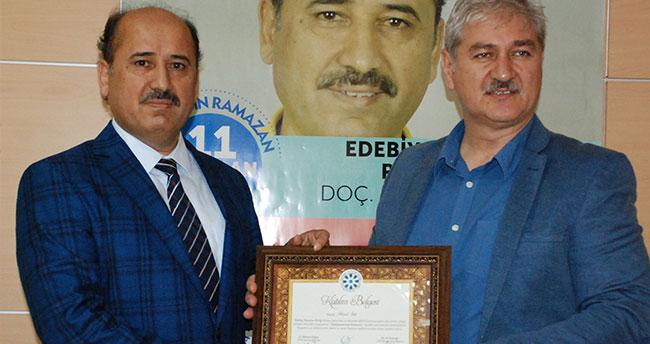 """TYB'de Türk edebiyatında """"ramazan"""" konuşuldu"""