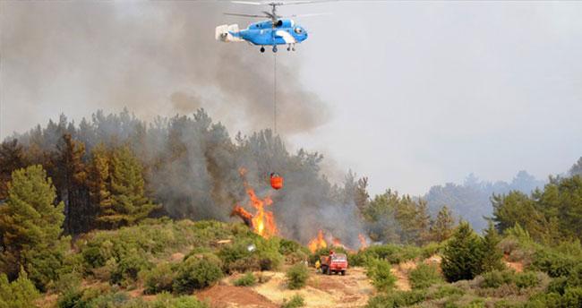 5 itfaiyeci yanmaktan son anda kurtarıldı