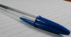 Tükenmez kalemlerin kapakları neden delikli?