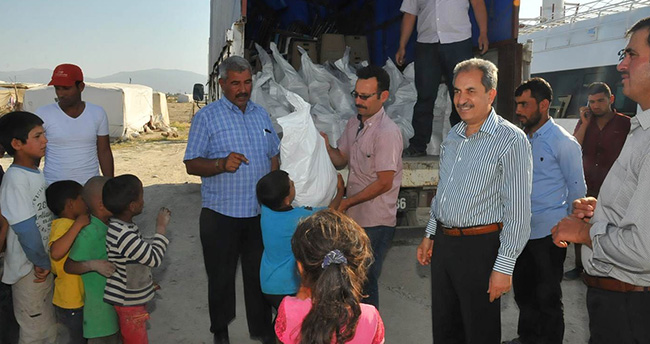 Konya'da geçici tarım işçilerine erzak yardımı