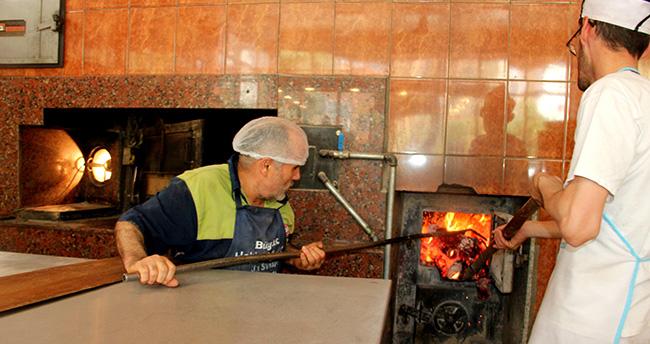 Seydişehir'de fırıncıların sıcakla imtihanı