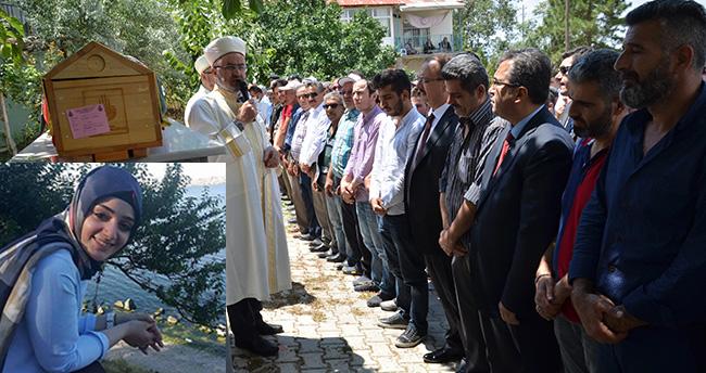 Terör saldırısında hayatını kaybeden Merve Yiğit Konya'da defnedildi