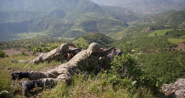 Türk ordusunda kaç asker kaç rütbeli var?
