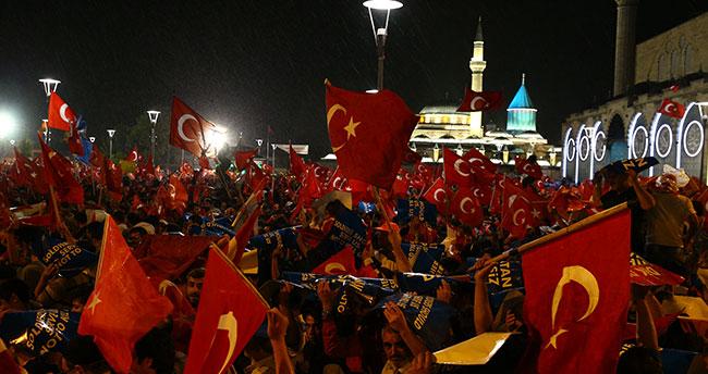 """Darbe girişim gecesi Konya'da """"155 Polis İmdat"""" hattını yüzlerce kişi aradı"""