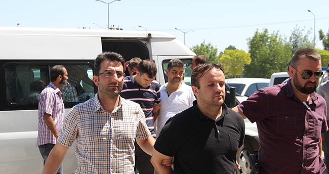 Konya'da 16 rütbeli askerden 12'si tutuklandı