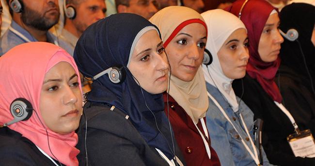 Suriyeli öğretmenlere formasyon eğitimi başladı