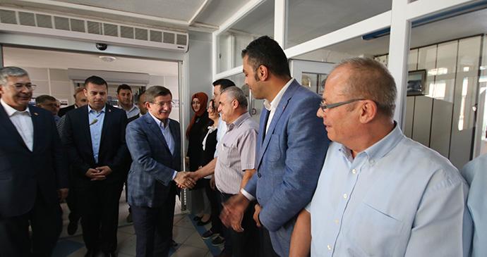 Davutoğlu'dan Beyşehir Belediyesi'ne ziyaret etti