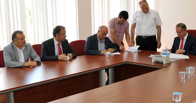 Karaman'da Teknokent için imzalar atıldı