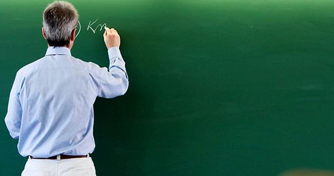 İlave 15 bin öğretmen atanacak