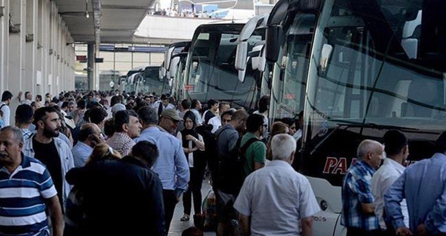 Bayram döneminde otobüs biletleri tükendi, ek sefer bilet satışları başladı