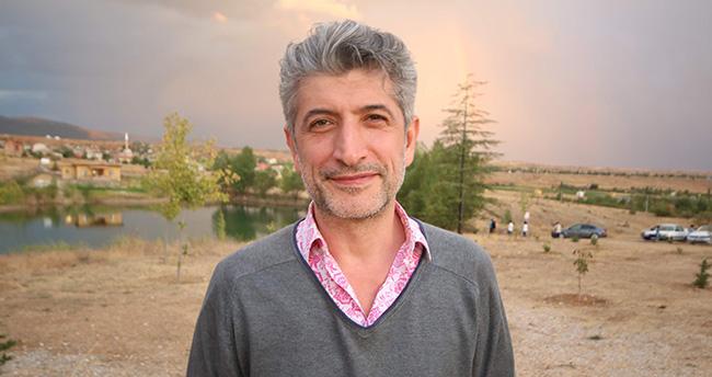 Dizi oyuncusu Rıza Sönmez Konya'da sanatçıların köyünde