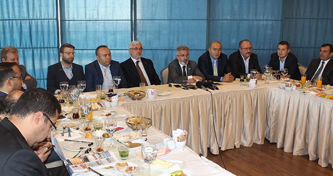 Konyalı işadamlarından Kıbrıs'a aktarmasız uçuş talebi