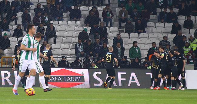 Atiker Konyaspor: 0 – Osmanlıspor: 1 (ilk yarı)