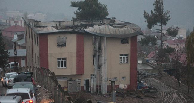 Adana'daki facianın izleri gün ağarınca ortaya çıktı