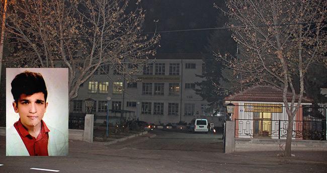 Konya'da okul bahçesinde kalp krizi geçiren lise öğrencisi öldü