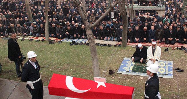 Konyalı Şehit Metin Düzgün gözyaşlarıyla uğurlandı