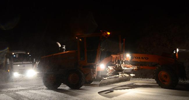 Seydişehir'de ulaşıma kar engeli